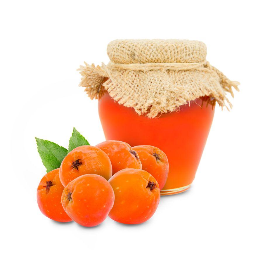 Благодаря бактерицидным свойствам ягод рябиновое варенье хранится несколько лет