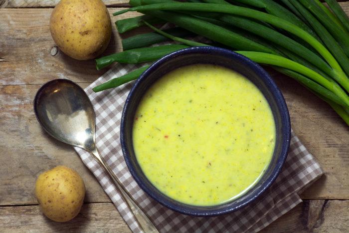 Крем-суп из лука-порея с картофелем вкусный и полезный