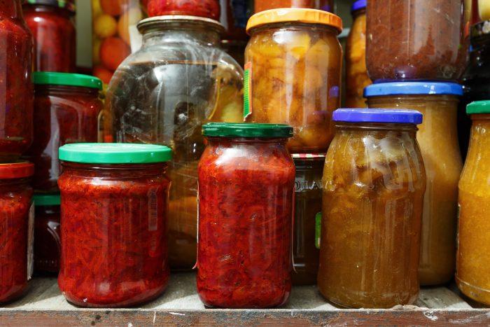 Борщ, рассольник, харчо, солянка и другие заправки супов на зиму незаменимы в момент нехватки времени