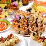 Новогодние закуски для праздничного стола готовить несложно