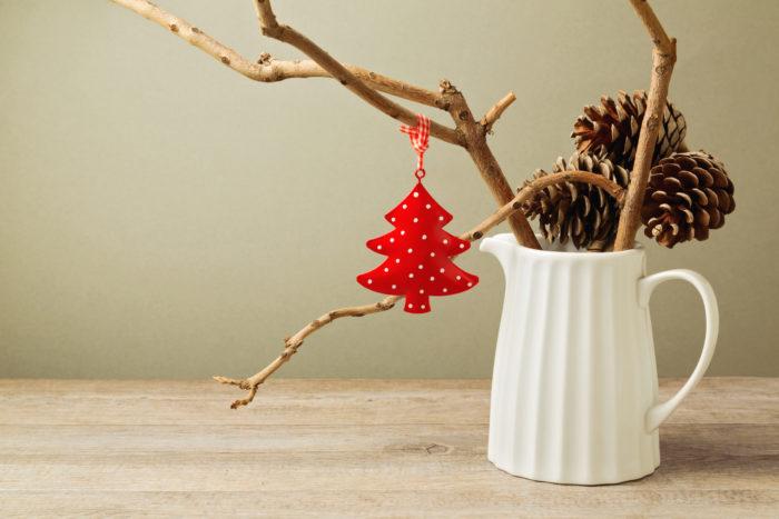 Ветка дерева в вазе