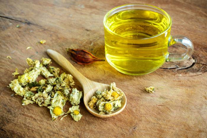 Чай из лепестков хризантемы укрепят иммунную систему