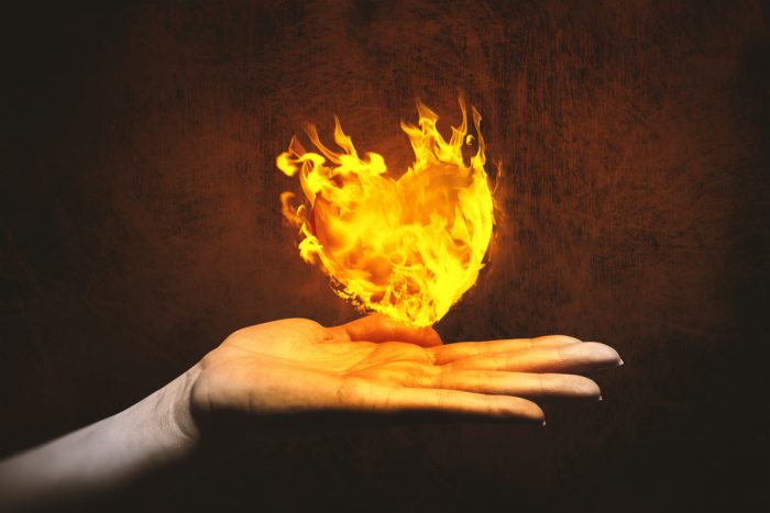 Рука и огонь