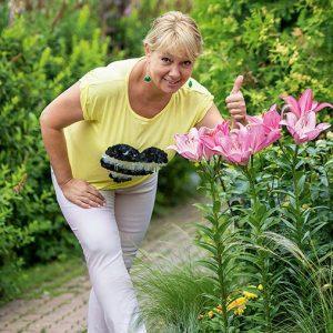 Арина Шарапова и цветы