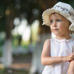 Девочка и комарик