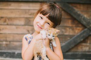 Девочка и котик