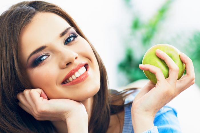 По приметам на 19 августа, яблоко поможет исполнить желание