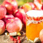 Из яблок делают много вкусных разнообразных заготовок