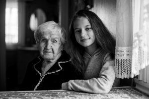 Приметы дня - помощь пожилым обязательна