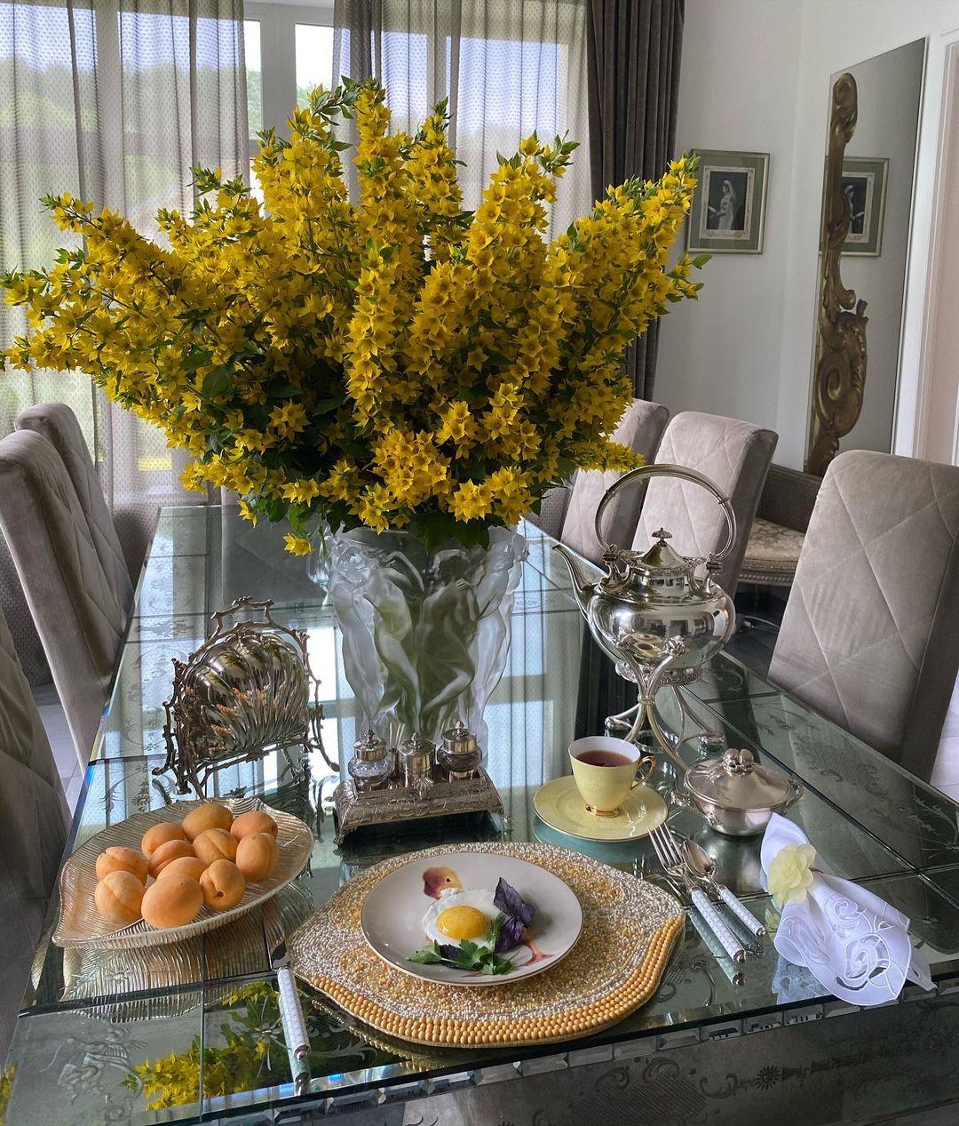 Желтый букет, Цветы, Завтраки Яны Рудковской