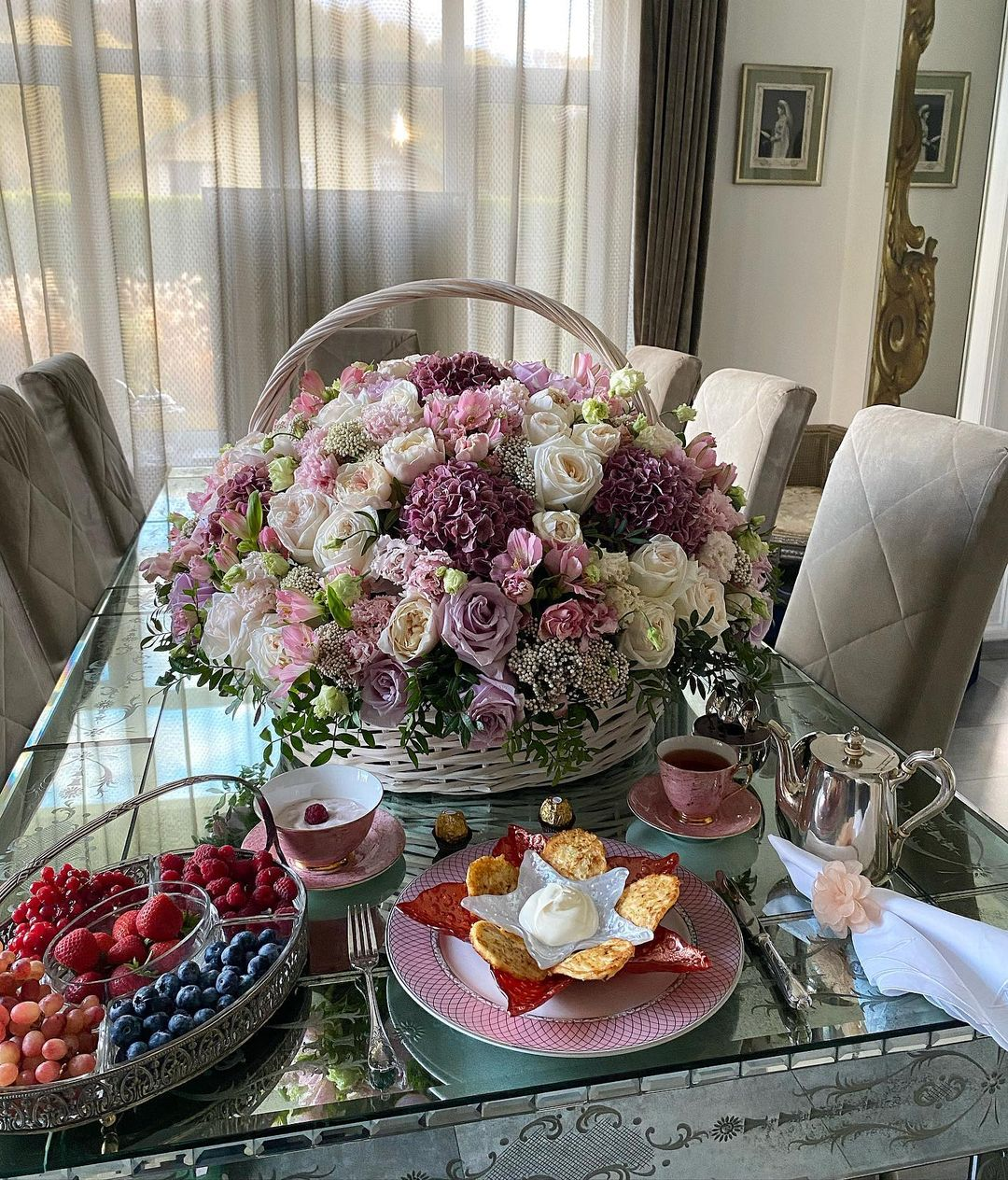 Букет, Корзина с цветами, Завтраки Яны Рудковской