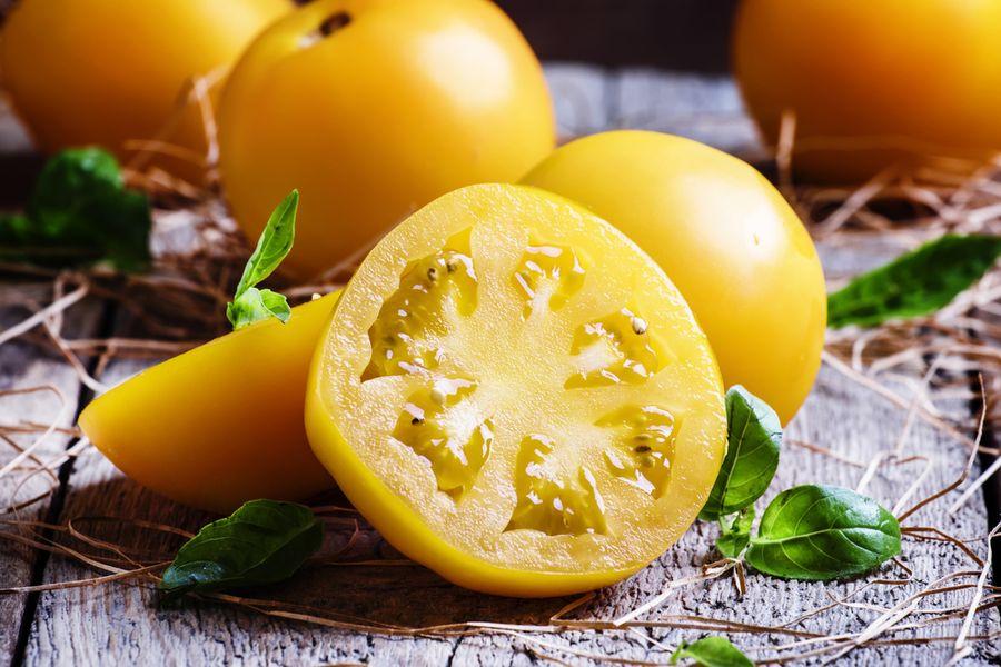 желтые томаты